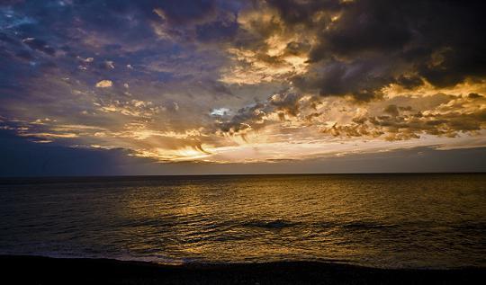 Закат в Гаграх, осень