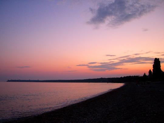 Розовый закат, Пицунда