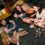 Пьяные шведские подростки