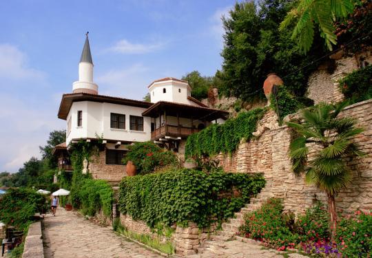 Дворец королевы Марии, Балчик