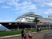 Круизный лайнер в Батуми