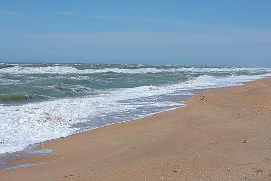 Пляж в Благовещенской, март
