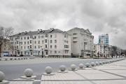 Новроссийск, весна. У морского порта.