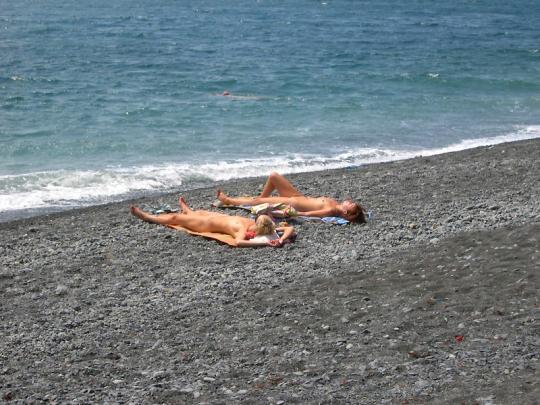 Фото нудистов на пляжах черного моря фото 784-362