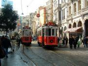 Трамвайчики на улице Стамбула