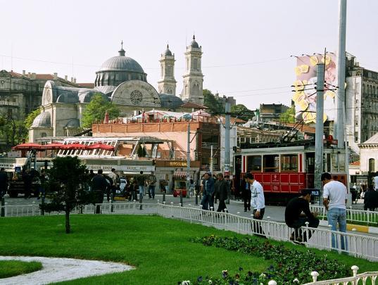 На площади Стамбула