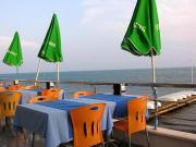 Кафе на берегу моря, Синоп