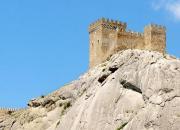 Башня Генуэзской крепости