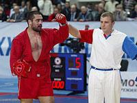 Благой Иванов попал в реанимацию с ножевым ранением