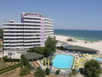 Десятки отелей на румынском побережье находятся в продаже