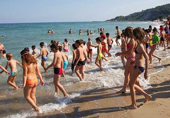 Детский отдых и фекалии в море