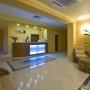 Alex Beach Hotel: Рецепшн